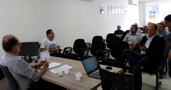Encontro reuniu diretores, dirigentes e associados no Sindicato Rural de Campina Grande (PB).