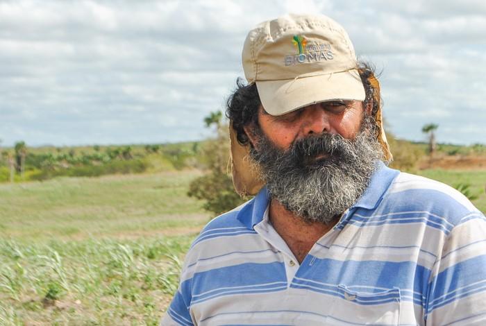Wellington Ribeiro Gomes, filho do proprietário da fazenda Triunfo, onde é realizado o Projeto Bioma Caatinga