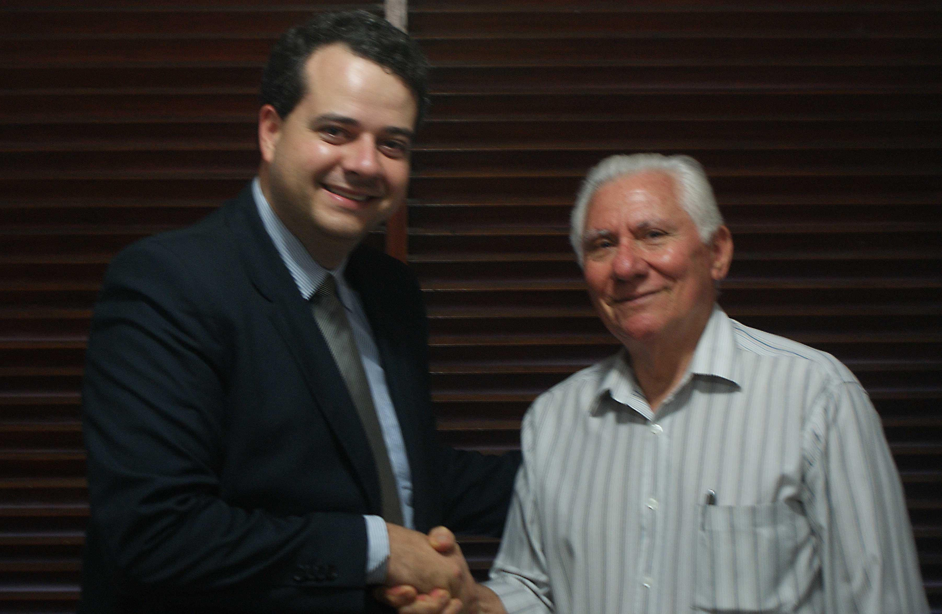 Vice-presidente da Faepa, Vanildo Pereira e o presidente da junta governativa do Sindicato dos Produtores Rurais de Barra de Santa Rosa, Guilherme Silva