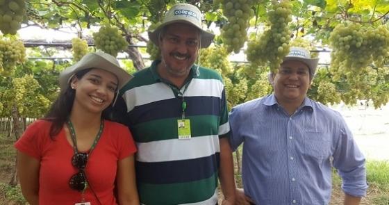 Bárbara, Alexandre e Rafael representaram a ATeG do SENAR na viagem