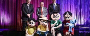 Presidente da CNA, João Martins, Maurício de Sousa e o ministro da CGU, Wagner Rosário com a Turma da Mônica.